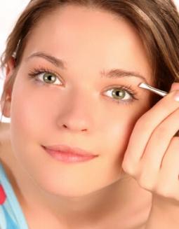 Tips para depilarse las cejas